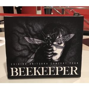 BEEKEEPER キャンバスアートパネル&レプリカスタッフパス付